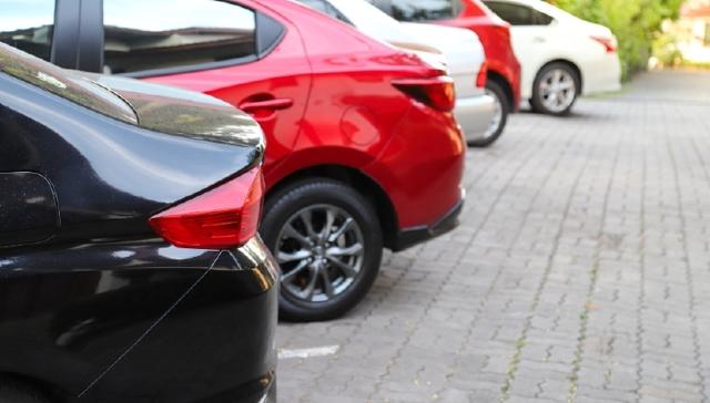 Нормы и правила парковки во дворах многоквартирных домов