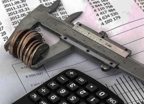 Оформление субсидии по ЖКХ для пенсионеров в Москве: пошаговая инструкция, период действия и нюансы получения льгот
