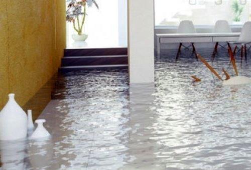Затопило квартиру по вине управляющей компании: пошаговая инструкция действий