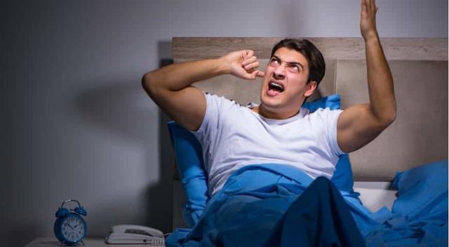 Шумные соседи: как бороться, если постоянно балагурят сверху, что делать по закону в году и как бороться или избавиться насовсем, если они мешают?