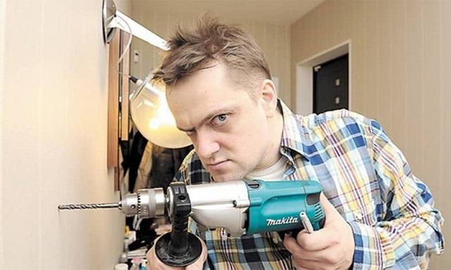 Что делать, если соседи очень шумно делают ремонт и каждый день сверлят, какие действия предпринять по закону, если работы не прекращаются и в выходные?
